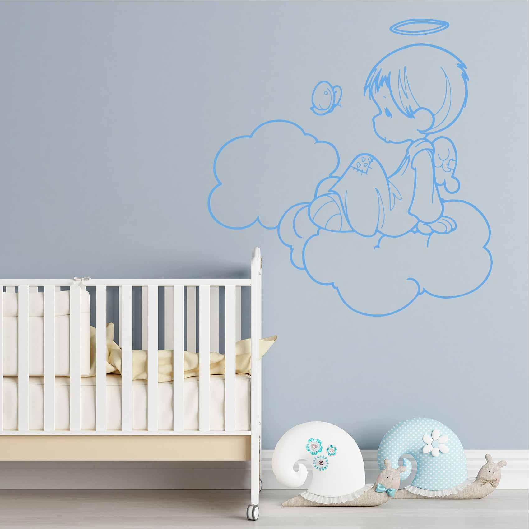 Stickers bébé : Un élément indispensable ?